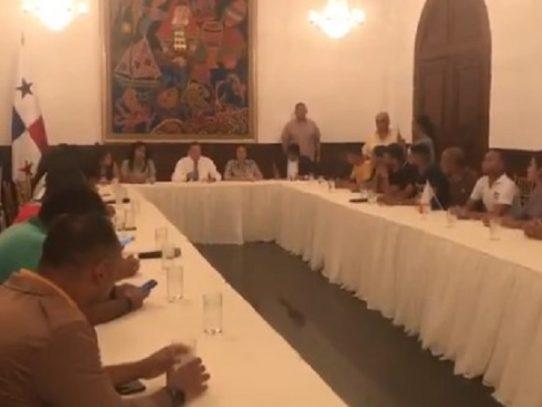 Cortizo recibe a manifestantes en la Presidencia