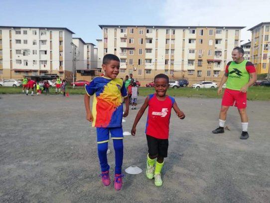 Escuela de fútbol en San Joaquín es visitada por los dueños de lo ajeno