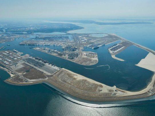 Holanda trabajará en la digitalización de los puertos panameños
