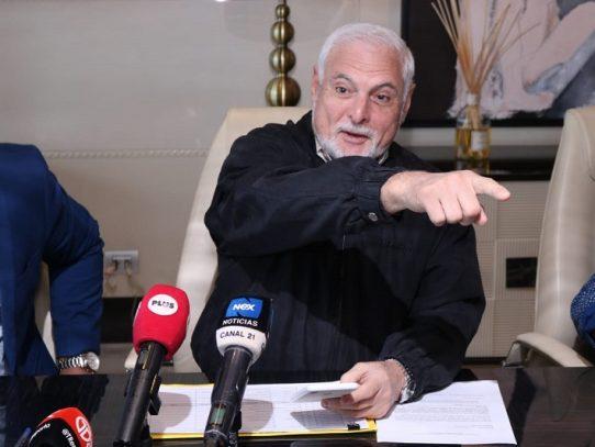 Ricardo Martinelli presenta demanda contra exprocuradora Porcell