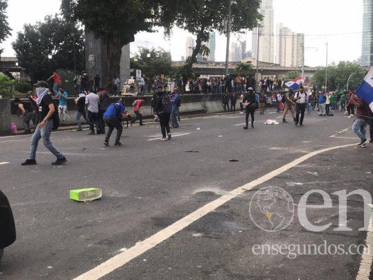 Migración podría deportar a 11 extranjeros por participar en protestas