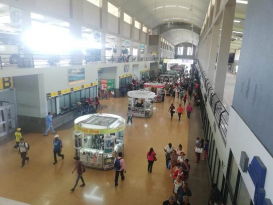 Terminal de Albrook abarrotada, inicia la migración por carnavales