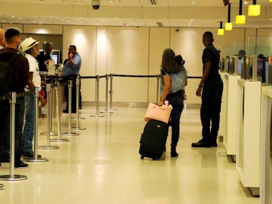 Migración: Un total de 105 extranjeros deportados y 40 expulsados en dos meses