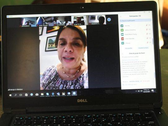 Sostienen reunión virtual referente a la educación en las escuelas particulares