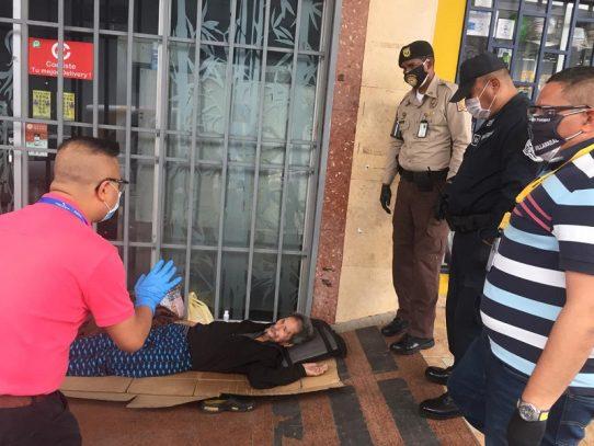 Alcaldía rescata adultos mayores que vivían en la calle