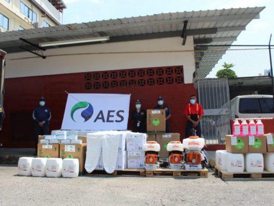 AES dona material de protección e insumos al Cuerpo de Bomberos de Panamá