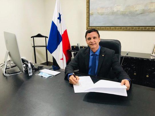 Contraloría y Comisión de Justicia y Paz auditarán el Programa Panamá Solidario