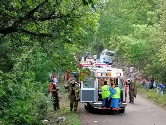 Fuerte accidente vehicular en Calobre deja una víctima fatal