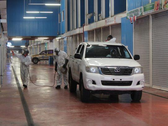 Refuerzan la limpieza y desinfección en Merca Panamá