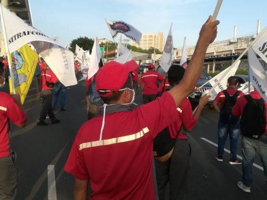 Protestas por reformas al Código de Trabajo agitan la mañana de este jueves