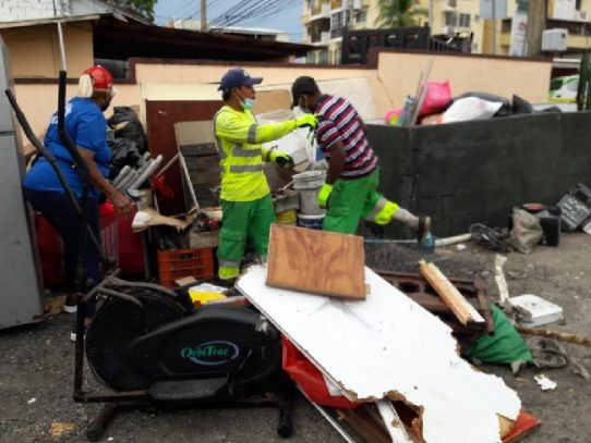Autoridad de Aseo realiza Operativos simultáneos en Betania y Pueblo Nuevo