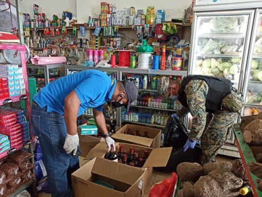 Decomisan municiones, licores y mercancía de contrabando en Panamá Este