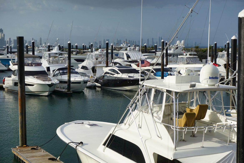AMP y propietarios de marinas y yates comerciales se reúnen en pro de una navegación segura