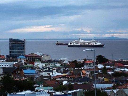 Canal de Panamá advierte que crucero Zaandam quedará en cuarentena si tiene casos de COVID-19